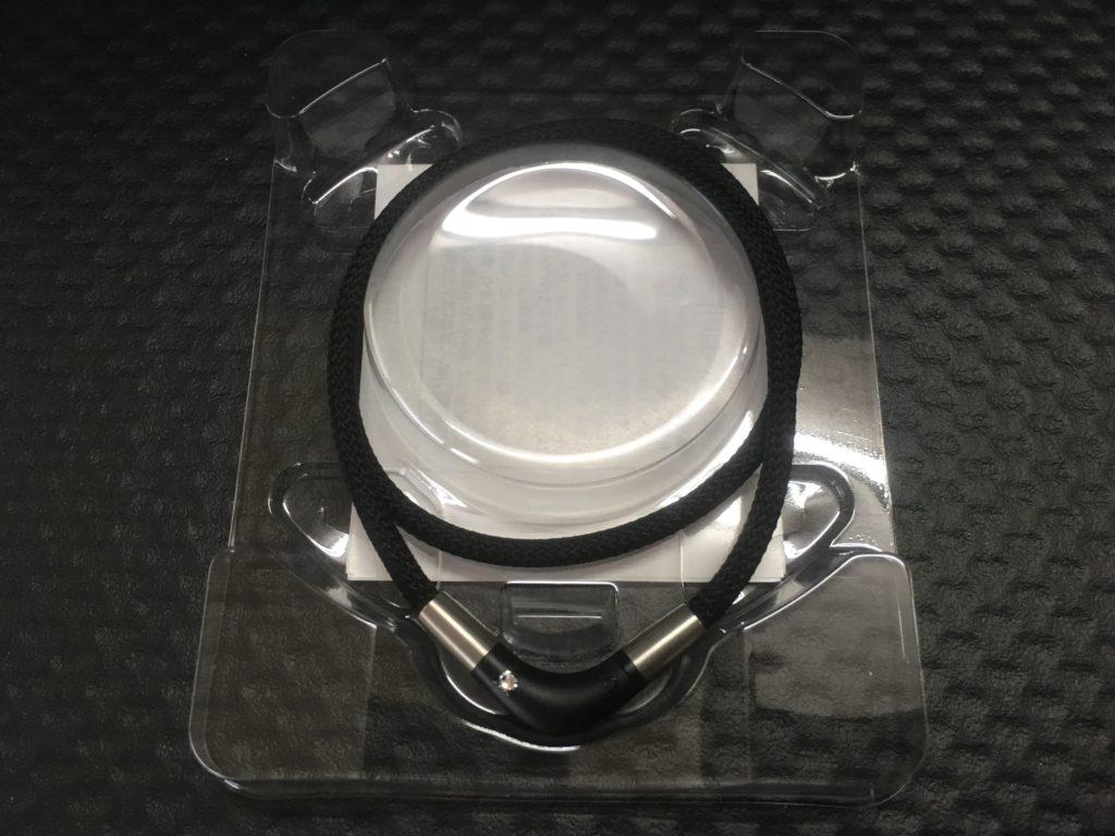 phiten RAKUWA磁気チタンネックレス Vタイプ7